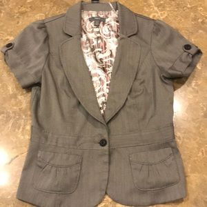 Brown Apt 9 short sleeves Blazer
